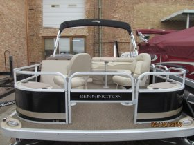 Benningtonton 18SF pontoon
