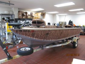 Pre-Owned 1987 Power Boat for sale