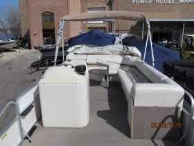 Used 2000 Monark 220 Fish & Fun Power Boat for sale