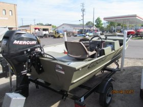 Used 2009 Lowe Power Boat for sale